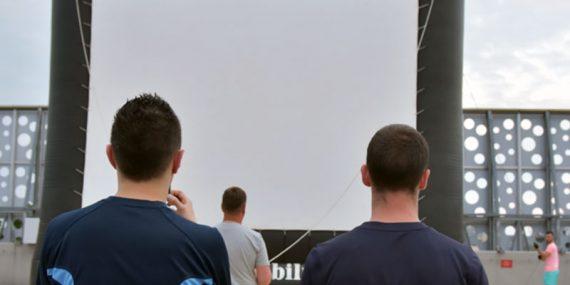 Kino samochodowe w Kielcach, galeria Korona